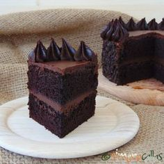 simonacallas - Desserts, sweets and other treats Chocolate Caramel Cake, Chocolate Topping, Chocolate Flavors, Vegan Chocolate, Chocolate Peanut Butter, Chocolate Desserts, Easy Desserts, Delicious Desserts, Dessert Recipes