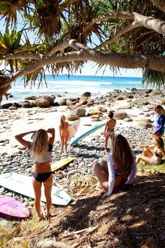 Surf :: Ride the Waves :: Free Spirit :: Gypsy Soul :: Eco Warrior :: Surf Girls :: Seek Adventure :: Summer Vibes :: Surfboard Design + Style :: Free your Wild :: See more Untamed Surfing Inspiration Summer Surf, Summer Of Love, Summer Vibes, Surfer Girls, Surf Bikini, Sup Yoga, Surf Trip, Beach Trip, Surf Style