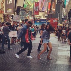 #ArjunKapoor and #ShraddhaKapoor on the sets of #HalfGirlfriend in New York…