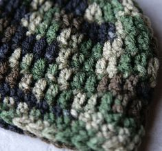 Camouflage newborn crochet baby hat, infant camo hat, boys camo hat, girls camo hat, newborn camo hat, military hat. $10.00, via Etsy.