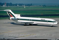 Great pic of the 727