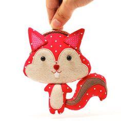 Purses of cute animals | squirrel coin purse