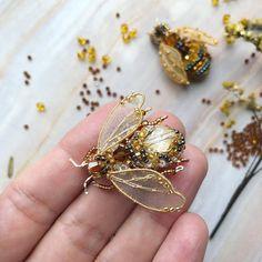 bumble bee bee beads
