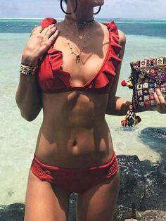 Chicnico Sexy Flounce Red Solid Color Bikini Set