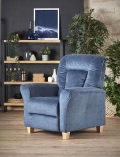 #homedecor #interiordesign #inspiration #decoration #design #livigngroom Pantone, Recliner, Dark Blue, Armchair, Relax, Interior Design, Inspiration, Furniture, Home Decor