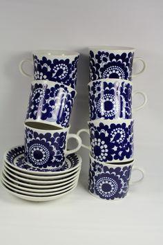 Rare 60's ARABIA Wartsila 100 FINLAND Cobalt 7 Cups