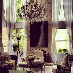 This room is so enchanting interior design interior decorating Style At Home, Beautiful Interiors, Beautiful Homes, Home Interior Design, Interior And Exterior, Design Interiors, Home Living Room, Living Spaces, Living Area