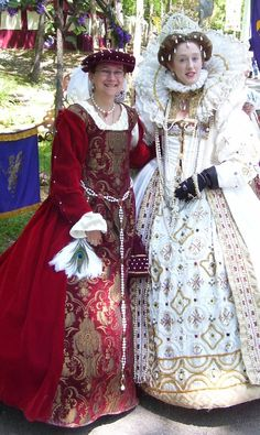 Someone snapped this and posted it on the internet Just wonderful white, late Elizabethan raiment!