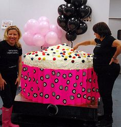 Georgetown Cupcake Bakes Worlds Largest Cupcake - World Record Food - Eater DC