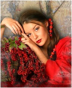 Girl with red currant otkrytochku Animation