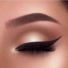 PINTEREST:@AllThingsAmeena✨ Makeup Eye Looks, Eye Makeup Art, Natural Eye Makeup, Eye Makeup Tips, Cute Makeup, Makeup Goals, Gorgeous Makeup, Skin Makeup, Eyeshadow Makeup