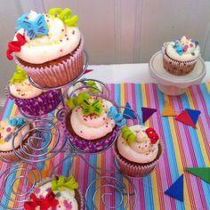 Carnival cupcakes. Pumpkin and cream cheese frosting gluten free.  Cupcakes de carnaval de calabaza con crema de queso sin gluten