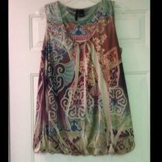 ☀️Top☀️ Sleeveless tank style waist length top. Has soft lining, multi-colored, with a few rhinestones embedded in the design. Very soft w/ silky feel & comfySMOKE FREE AND PET FREE HOME New Directions Tops Blouses