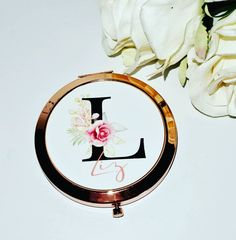 """@customised_by_sharon: """"Beautiful rose gold compact mirrors now available @customised_by_sharon #compact #compactmirror…"""" Beautiful Gifts, Beautiful Roses, Personalised Gift Shop, Compact Mirror, Party Gifts, Mirrors, Color Schemes, Rose Gold, Colours"""