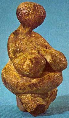 VENUS PALEOLÍTICAS | ENSEÑ-ARTE Venus de Gagarino-1. ¿? Piedra. Ucrania.