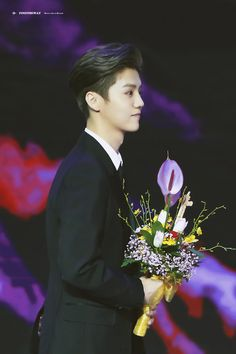 Film Awards, Pretty Boys, Beautiful Men, Handsome, Actors, Cute, Luhan Exo, Pictures, Beauty