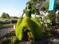 Snow White Topiary - Epcot International Flower and Garden Festival 2016