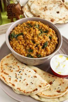 Fűszeres vörös lencse naan kenyérrel - Kifőztük, online gasztromagazin Naan, Vegetable Recipes, Vegetarian Recipes, Cooking Recipes, Healthy Recipes, Healthy Snacks, Healthy Eating, Good Food, Yummy Food