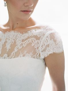 Scalloped lace neckline: http://www.stylemepretty.com/2015/09/02/intimate-ontario-estate-wedding/ | Photography: When He Found Her - http://whenhefoundher.com/