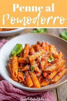Pasta Recipes Video, Pasta Sauce Recipes, Pasta Dinner Recipes, Chicken Pasta Recipes, Healthy Pasta Recipes, Cooking Recipes, Simple Tomato Pasta Sauce, Easy Penne Pasta Recipes, Red Sauce Pasta Recipe