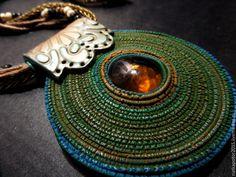 Купить Кулон колье ВЕЛДОН - разноцветный, Кулон ручной работы, украшение на шею