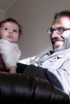 """Il messaggio di un neurochirurgo morente a sua figlia: """"Non sottovalutare, ti prego, di aver riempito di gioia i miei ultimi giorni"""""""