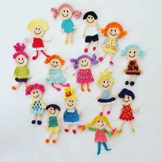 Crochet Applique Patterns Free, Crochet Chart, Crochet Motif, Crochet Designs, Crochet Flowers, Knitting Patterns, Crochet Panda, Crochet Dolls, Knitting Projects