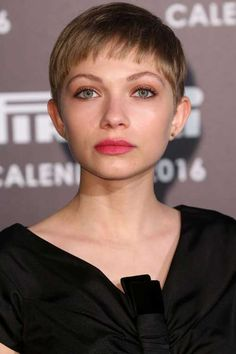 cool 20 more chic Celebrity Pixie cuts you should see //  #Celebrity #Chic #cuts #more #pixie #Should