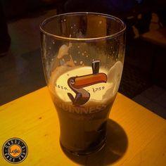 Café da manhã desse sábado chuvoso  ___ #beerporn #instadrunk #ratebeer #beergasm #pornbeer #confraria27 #birra #bier #beer #cerveja #breja #biere #cerveza #bebalocal #cevadapura #planetacervejeiro #bebomelhor #cervejaartesanal #cervejaespecial #cervejadeverdade #craftbeerporn #instabeer #beergram #cevadanaconfraria27