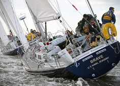 Naval Academy varsity and junior varsity offshore sailing teams practice. Navy Day, Go Navy, Maryland Us, Annapolis Maryland, Honor Courage Commitment, Float Life, Fleet Week, Navy Chief, Naval Academy