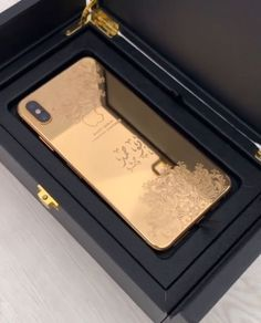Ipod Touch Cases, Bling Phone Cases, Get Free Iphone, Iphone 7, Louis Vuitton Phone Case, Latest Technology Gadgets, Gold Everything, Diy Clothes Videos, Iphone Accessories