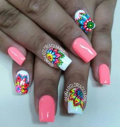 Love the flowers but not the plain coral color. Fancy Nails, Cute Nails, Pretty Nails, Gold Gel Nails, Diy Nails, Nail Polish Art, Toe Nail Art, Mandala Nails, Bright Nails