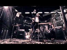 McFly ft. Taio Cruz  - Shine A Light