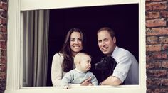 Prince William & Kate Middleton Smile Wide with Prince George In New Family Portrait!: Photo Prince William and Kate Middleton are glowing while posing by a window in Apartment at Kensington Palace in a new family portrait! The royal couple is joined… William Kate, Prince William Et Kate, Prince George Alexander Louis, Kate Middleton Prince William, Prince Charles, Duke William, George Duke, James Middleton, Royal Family Portrait