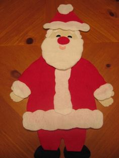 Santa's New Suit- story make into felt board