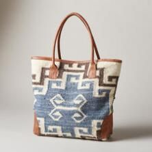 ELSA WOVEN TOTE -- This handwoven bag is an inspired combination of Native American techniques and peaceful Nordic design. Ethnic Bag, Hippie Bags, Carpet Bag, Fabric Bags, Handmade Bags, Purses And Handbags, Jute, Fashion Bags, Leather Bag