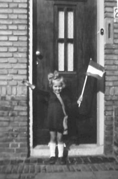 This looks like my mother. Liberation Day, Dutch Government, Going Dutch, Life Is Precious, D Day, My Heritage, Small World, Delft, World War Two