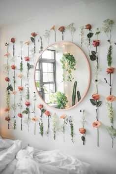 Diy Flower Wall Decor - Diy Flower Wall Decor, Diy Floral Vase Wall Hanging Using Rose and Eucalyptus Diy Home Decor Easy, Diy Home Decor Bedroom, Room Ideas Bedroom, Cozy Bedroom, Wall Decor For Nursery, Floral Bedroom Decor, Bedroom Flowers, Small Wall Decor, Bedroom Decor For Small Rooms