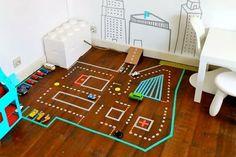 DIY: Washi tape in de kinderkamer Washi Tape Mural, Washi Tape Diy, Masking Tape, Diy Halloween, Tapas, Diy Toys Car, Boredom Busters, Indoor Playground, Clever Diy