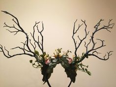This headpiece is a beauty and great for all occasions. These antlers are handmade and comes fully decorated w Pink Halloween Costumes, Looks Halloween, Halloween Decorations, Halloween Flowers, Unique Costumes, Diy Costumes, Dance Costumes, Nymph Costume, Branch Costume