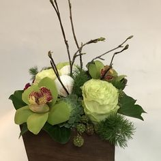 Small Texture Box with roses, cymbidium orchids, blackberries, succulents, Sweet William and sea shells.