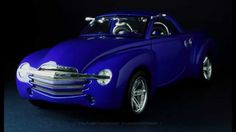 Chevrolet SSR Concept  -  FCaminhaGarage 1/18 2000 Chevrolet SSR Concept metallic blue by Maisto (2001)