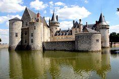 Château de Sully-sur-Loire, Loiret, France