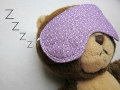 the red kitchen: Eye Mask -- Free Pattern & Tutorial