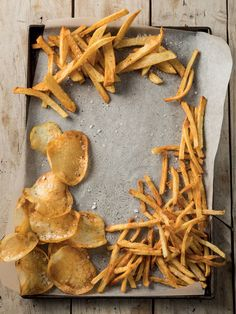 Restaurant-style shoestring chips - crunchy, crispy goodness