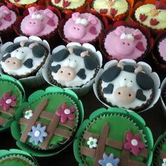 Festas Para Meninas Dicas e Sugestões de Tema Fazendinha e Decorações Cupcakes com caras de bichinhos da fazenda festa infantil e1340386285604