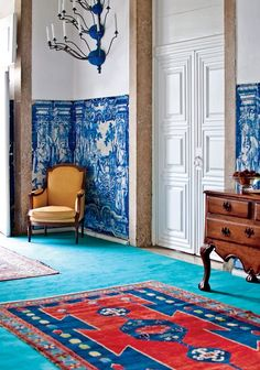 This Portuguese palace-turned-hotel is every decorator's dream come true Contemporary Interior Design, Decor Interior Design, Interior Decorating, Modern Hallway, Foyer Design, Living Room Colors, Living Rooms, Best Interior, House Styles