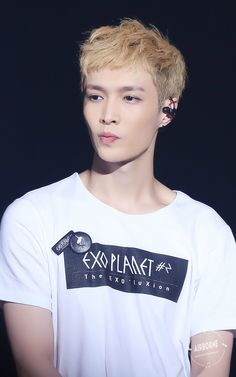 exo planet #2 Lay. i should srsly make a board for him instead of spaming this one