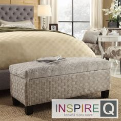 This lift-top storage bench is functional and great looking, stylishly complimenting any room in the house. With its upholstered design and practical usage, this ottoman is a fantastic addition to your house.