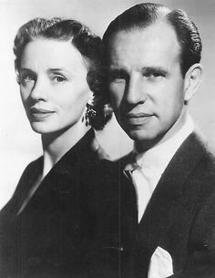 Jessica Tandy and Hume Cronyn  ....I ADMIRED THEM...THEY LOVED AND LIKED ONE ANOTHER. SHE WAS A GREAT ACTRESS!!